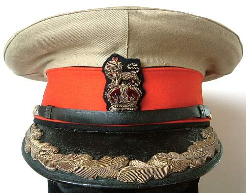Click image for larger version.  Name:khaki topped staff cap wwi 1.JPG Views:185 Size:138.3 KB ID:745638