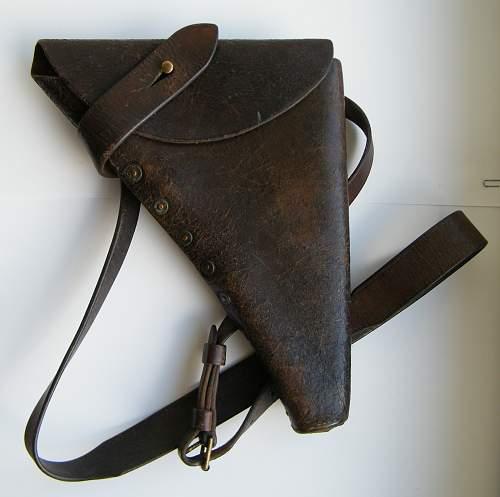 Click image for larger version.  Name:Shoulder holster 1915 #1.jpg Views:118 Size:203.5 KB ID:748487