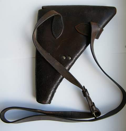 Click image for larger version.  Name:Shoulder holster 1915 #2.jpg Views:62 Size:198.7 KB ID:748488