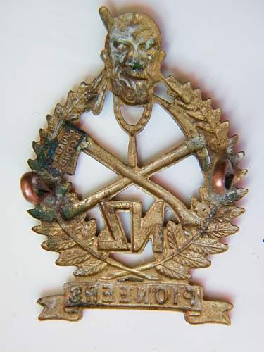 Click image for larger version.  Name:Maori pioneers bn cap badge 2.jpg Views:228 Size:211.3 KB ID:749732