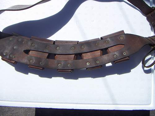 Click image for larger version.  Name:ALH 5 pouch Bandolier 4.jpg Views:214 Size:202.4 KB ID:789899