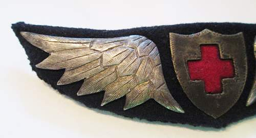 WW1 Red Cross and Bomber Pilot Wing Badges?   ID?  Authentic?