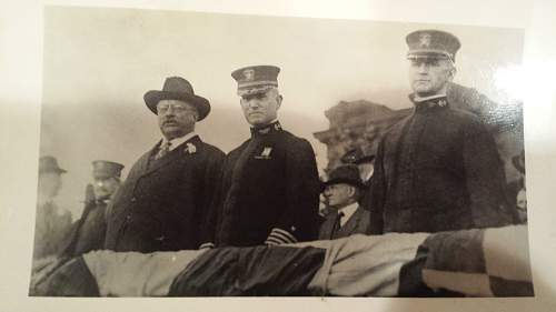 WW1 Photo Grouping Teddy Roosevelt Commander Nimitz WHOS the Captain ?