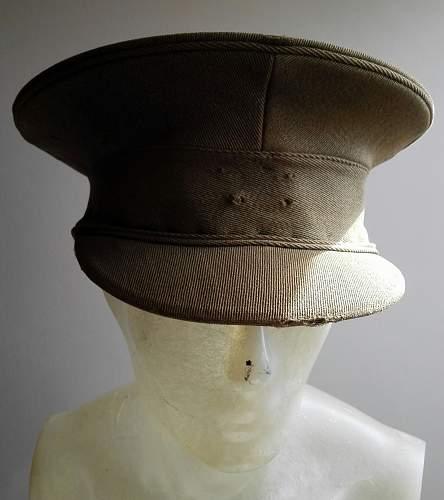 WW1 British visor cap?
